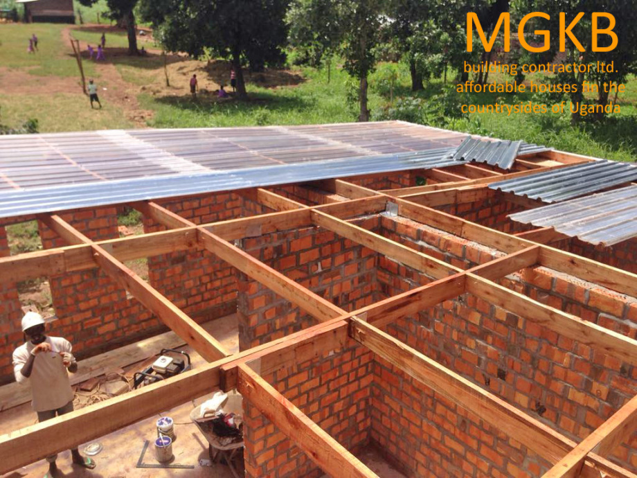 MGKB roof building in Kiboga Uganda - still far away from following the plans
