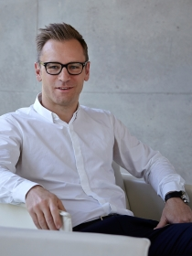 Dr. Christian Bergmann Senior Architect Projectmanagement
