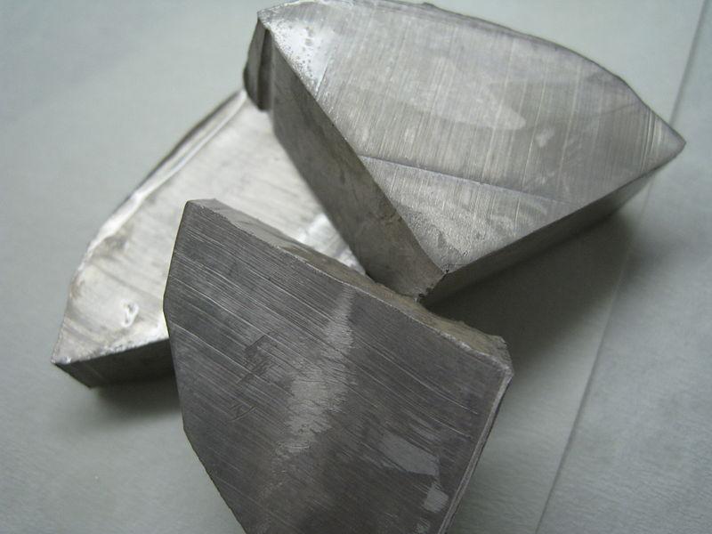 Foto Natrium - ein Leichtmetall - Alkalimetall - schneidbar